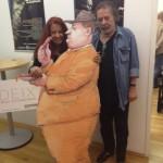 Manfred und Marietta Deix mit Pappkamerad
